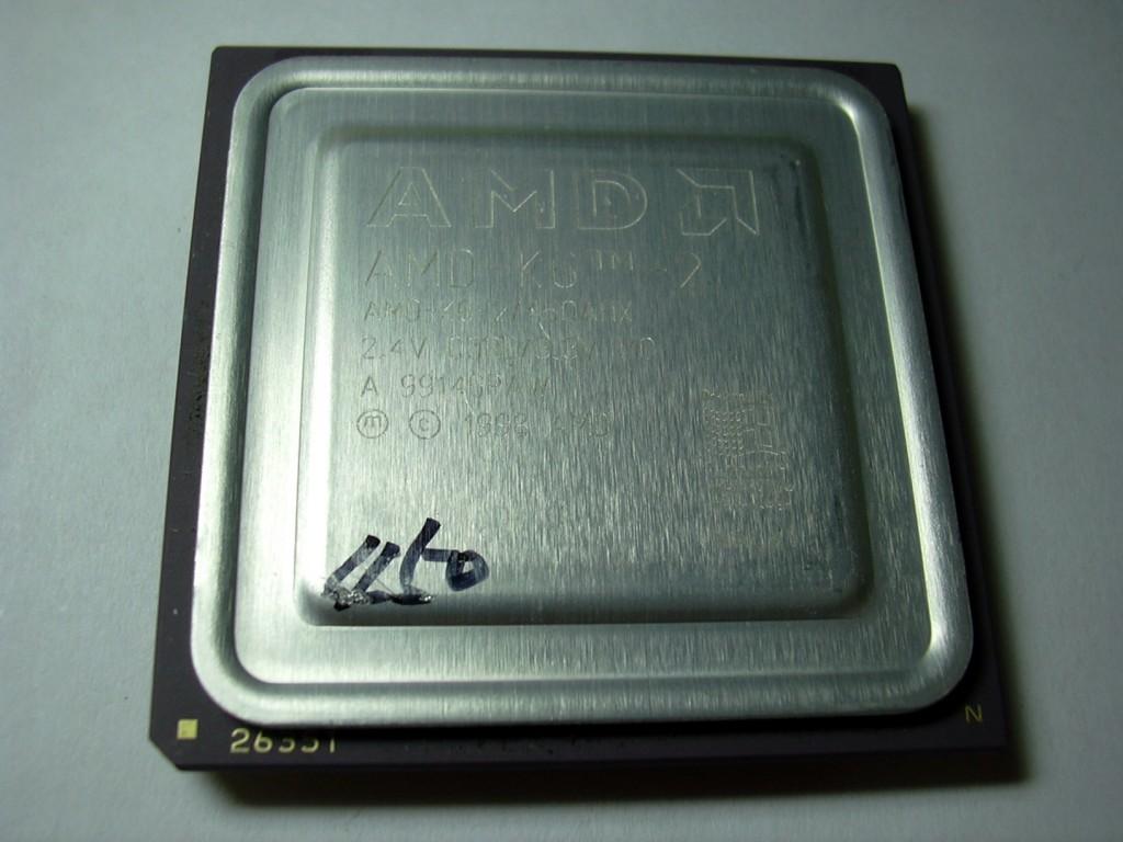 16 AMD K6 CPU 의 사진